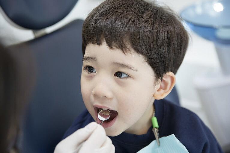お子さんでこんな歯並びやお悩みはありませんか?